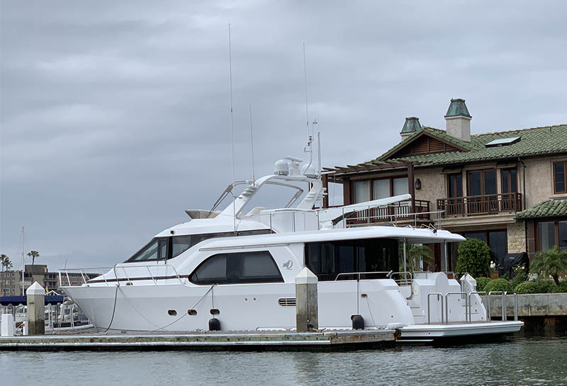 QUEENSHIP 61 – SEA STAR V $595,000 – Sale Pending